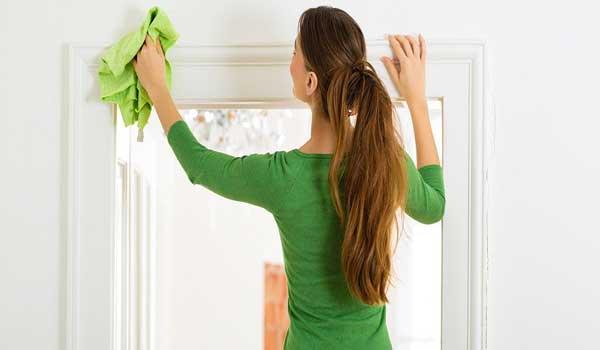 نظافت منزل توسط خانم جوان شامل چه مواردی می شود؟